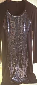 Gorgeous knit, sequined snakeskin print dress. L